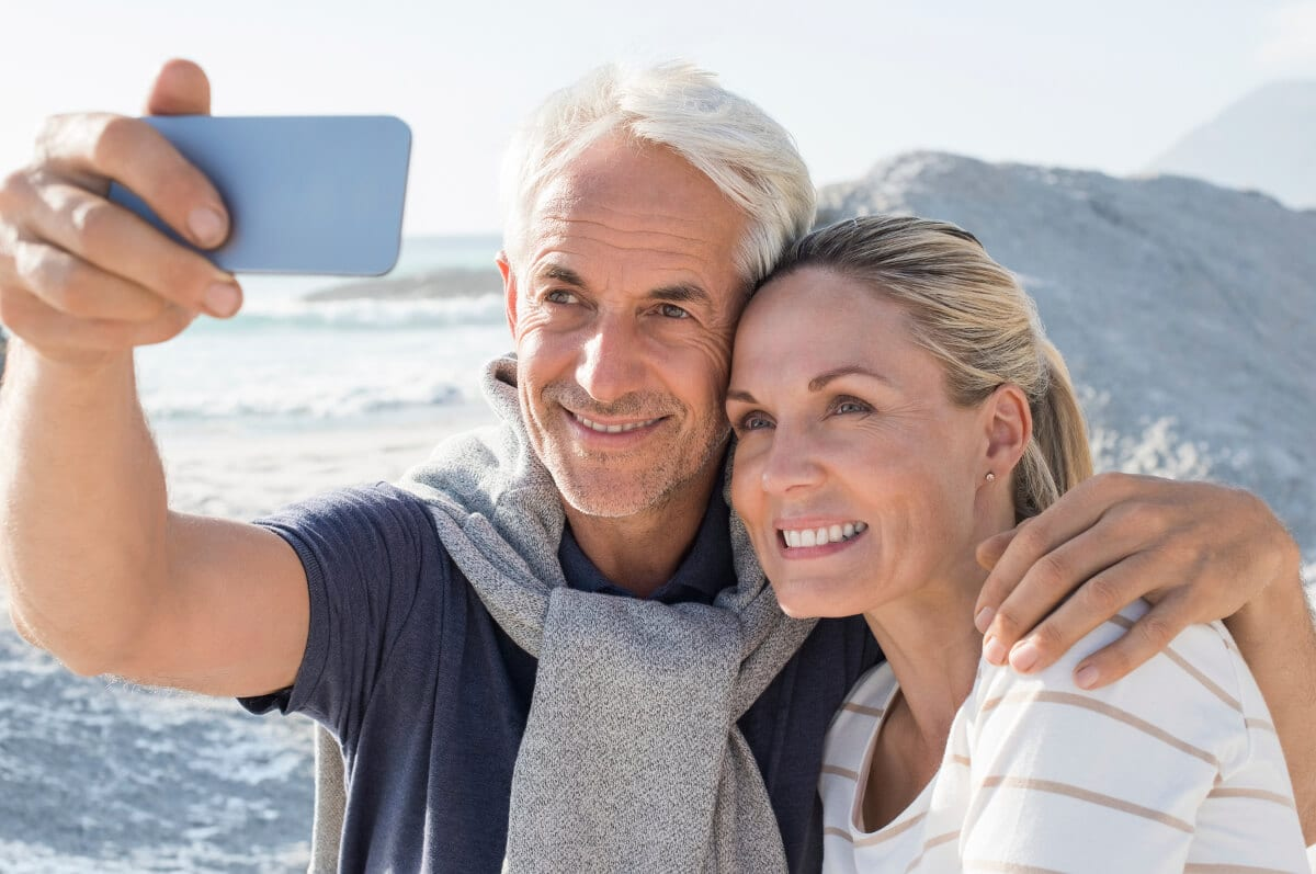 retired couple living abroad